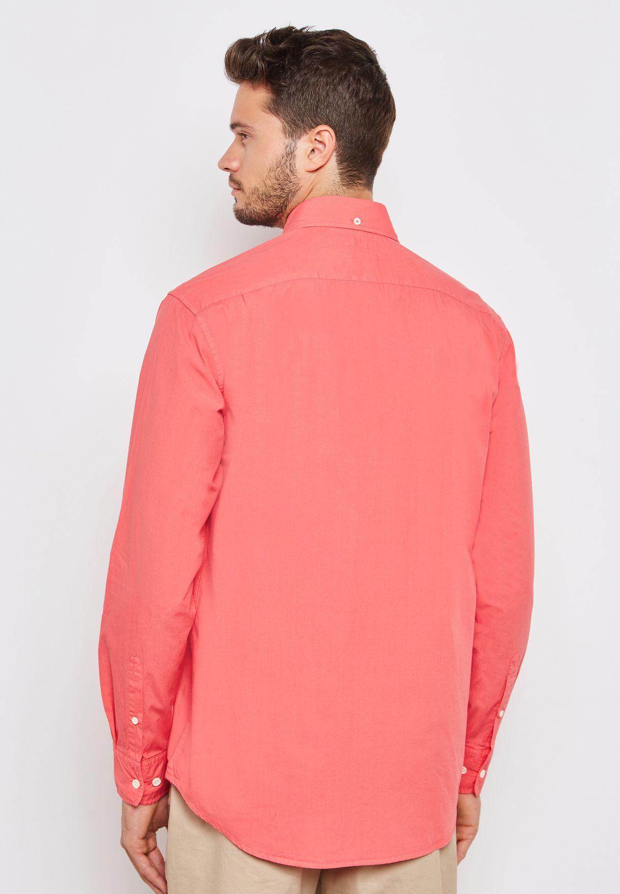 قميص بأزرار امامية