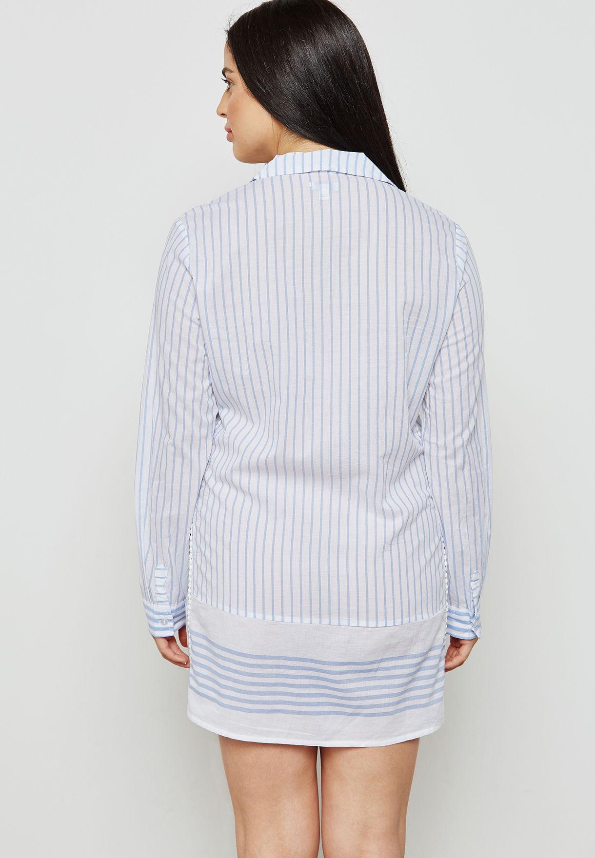 قميص نوم بخطوط