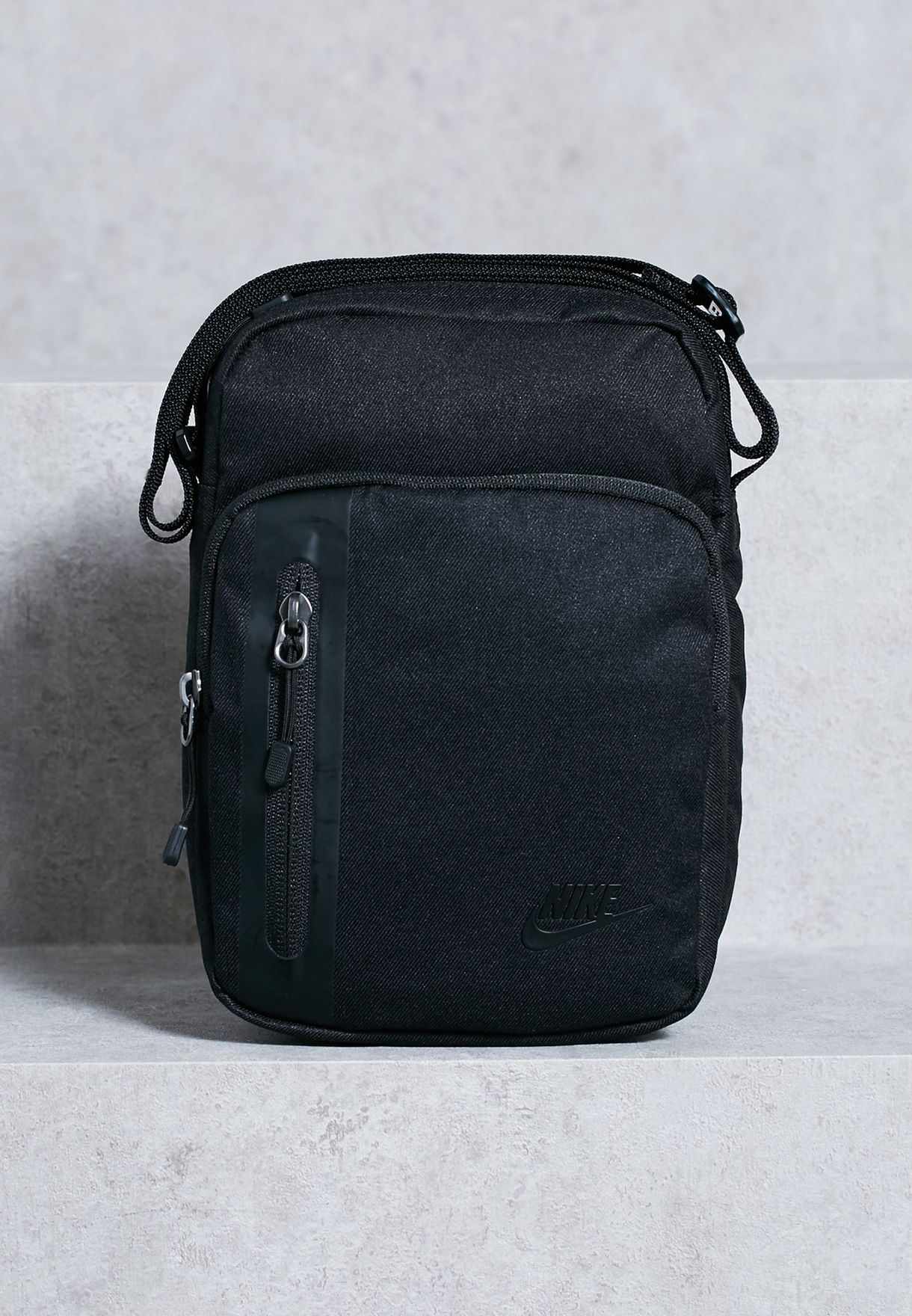44cbcd4151d1 Shop Nike black Small Core Items 3.0 Messenger BA5268-010 for Men in ...