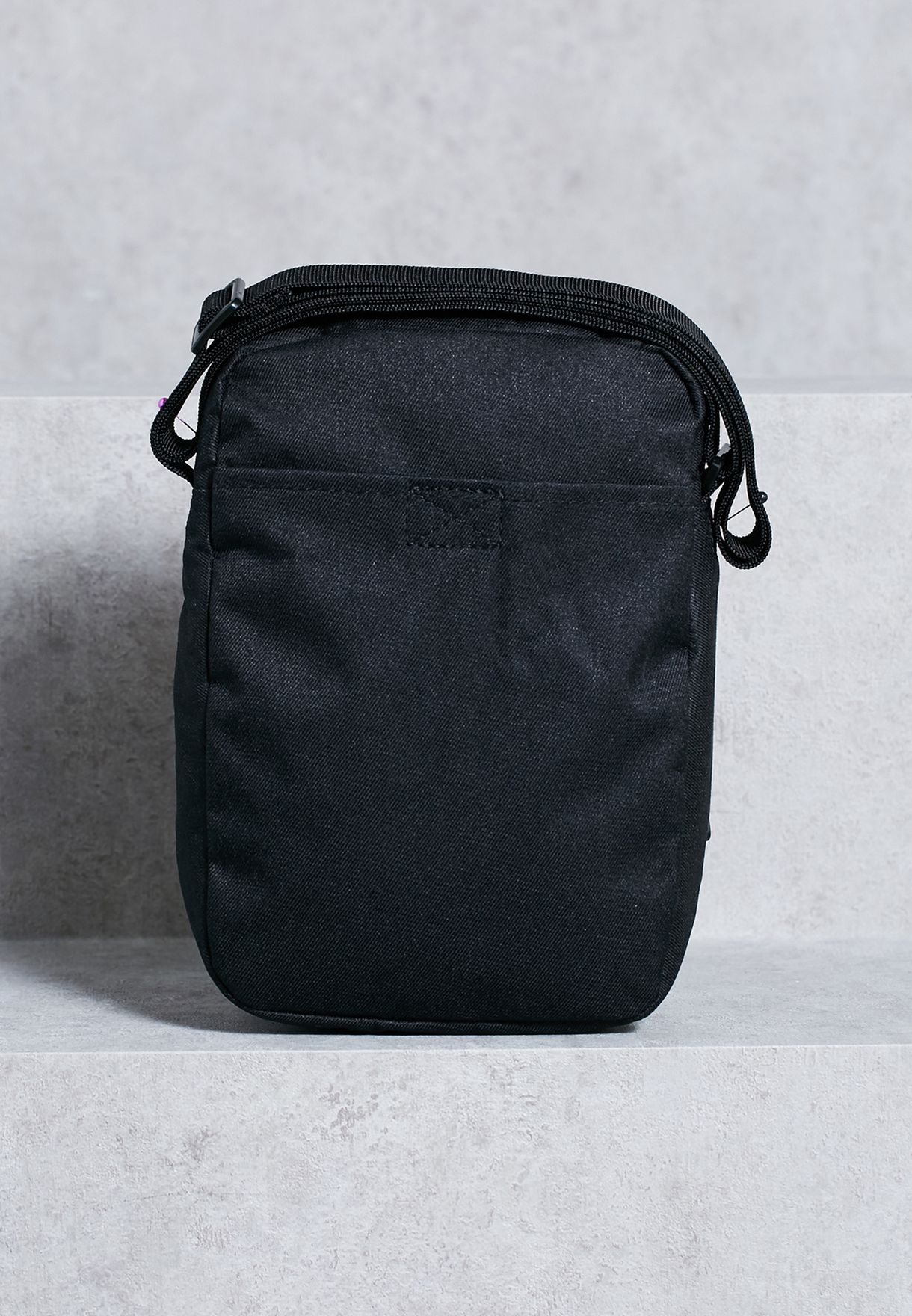 low priced d2313 a2a82 Small Core Items 3.0 Messenger
