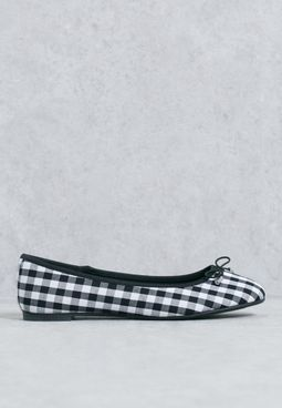 Gingham ballerinas