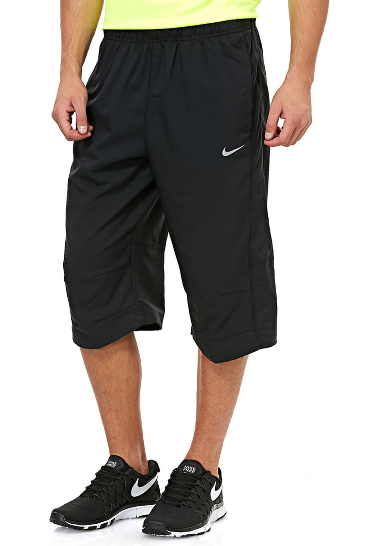 escucha Completamente seco Abuelo  Buy Nike black Team Woven 3/4 Pant for Men in Kuwait city, other cities |  377784-010