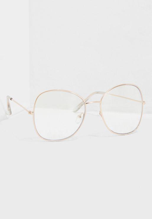 نظارة شمسية بعدسات شفافة