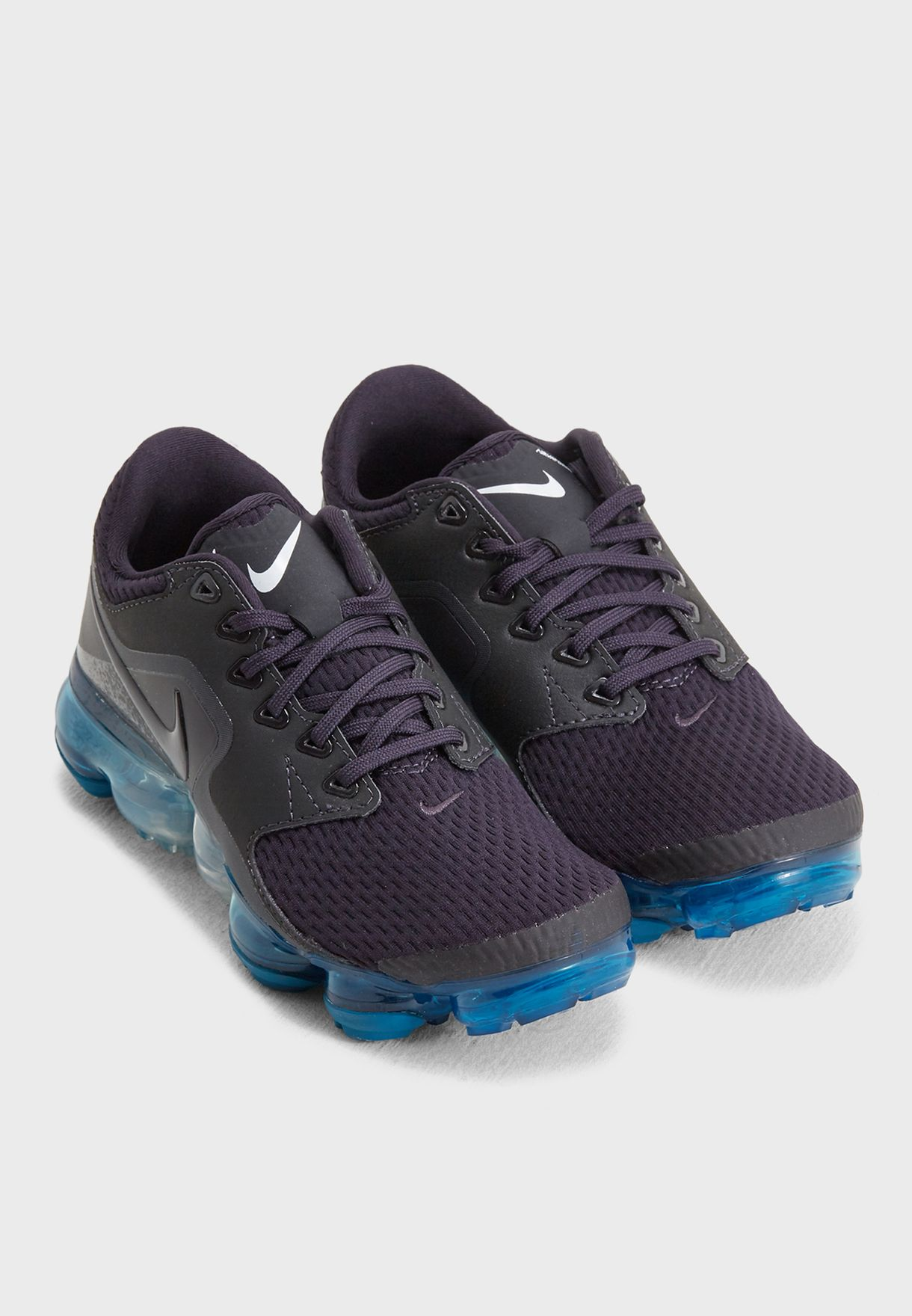 a829fd79ba7 Shop Nike grey Youth Air Vapormax 917963-031 for Kids in UAE ...