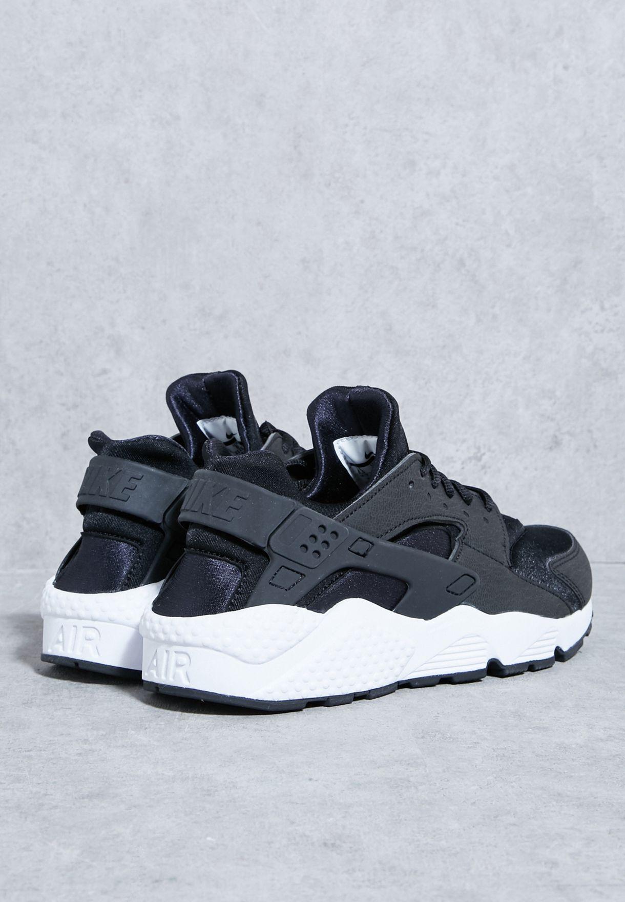 acb6b9fa46d Shop Nike black Air Huarache Run 634835-006 for Women in Saudi ...