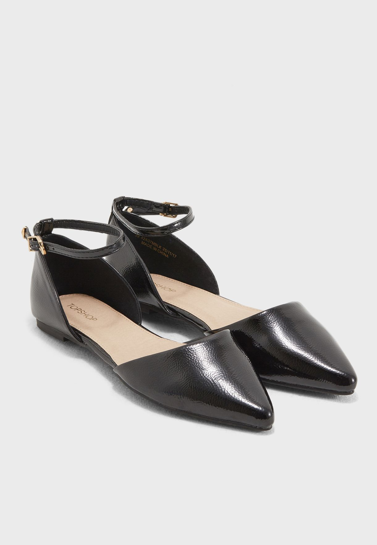 c3c7f9f169c Shop Topshop black Annie Pointed Shoes 42A37MBLK for Women in UAE ...