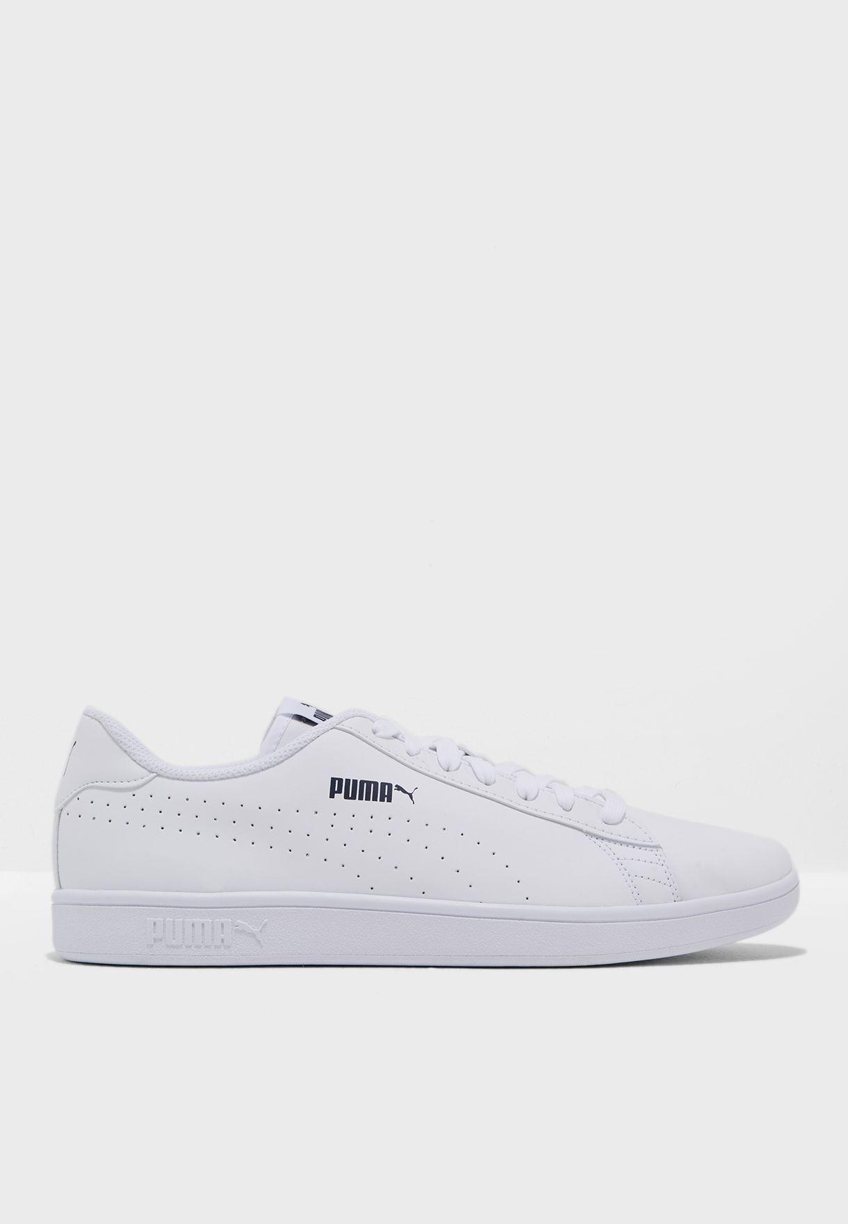 66c8318d1f3 Shop PUMA white Puma Smash V2 L 36521302 for Men in Qatar - PU020SH47YIY