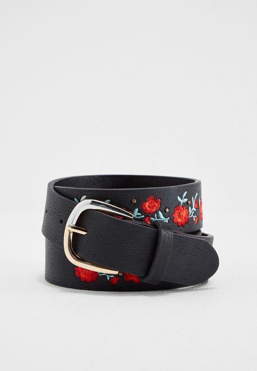 حزام جينز مطرز بأزهار