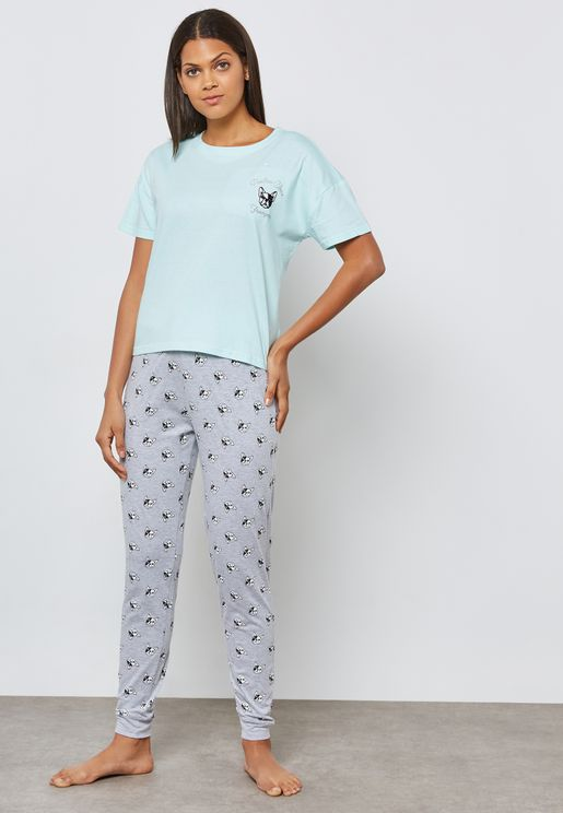 Logo T-Shirt & Pyjama Set
