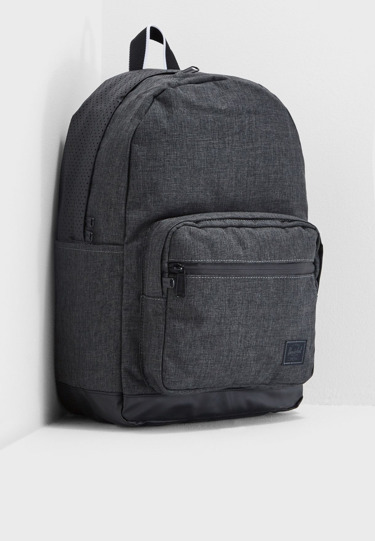 418d891487 Shop Herschel grey Pop Quiz Backpack 10511-02095-OS for Men in Oman ...
