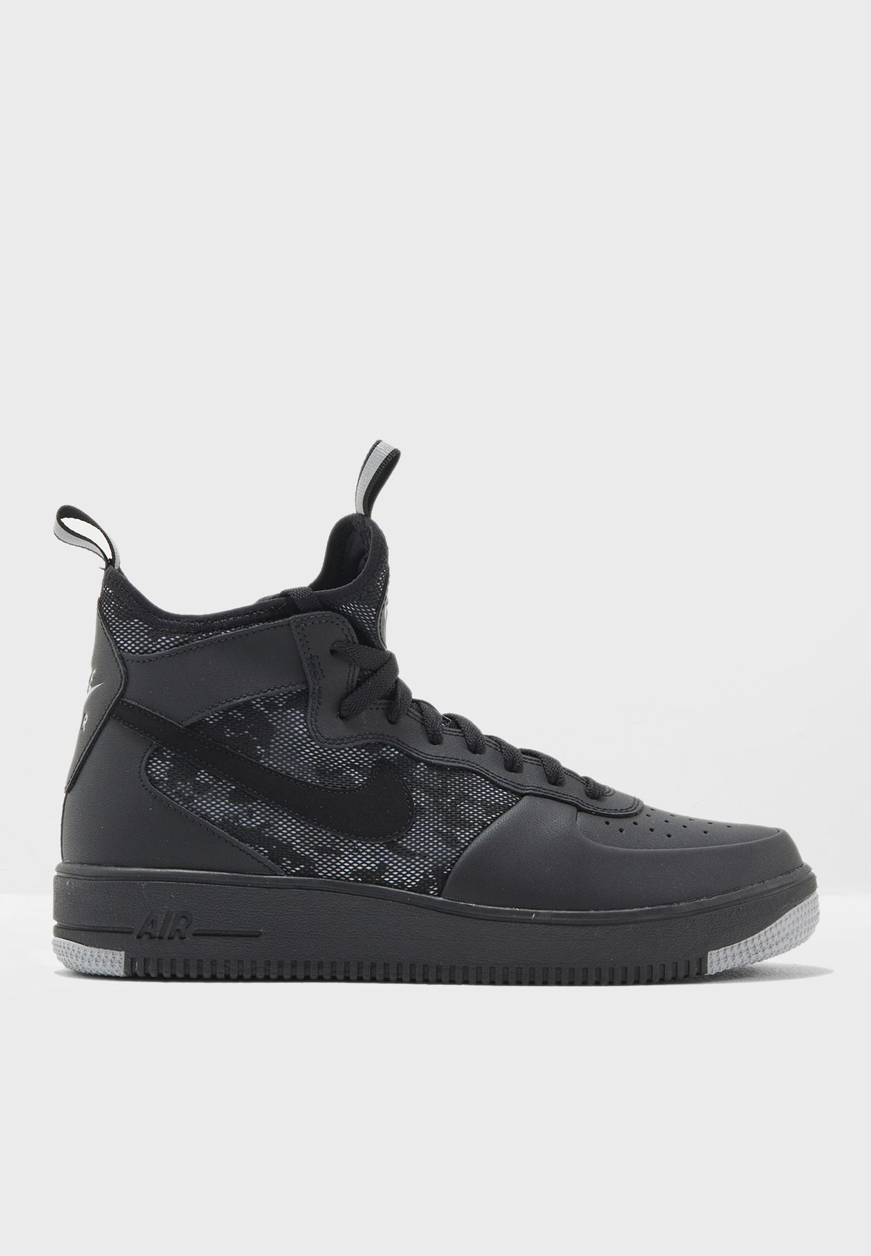 46d557e7690f Shop Nike black Air Force 1 Ultraforce Mid 864014-004 for Men in ...
