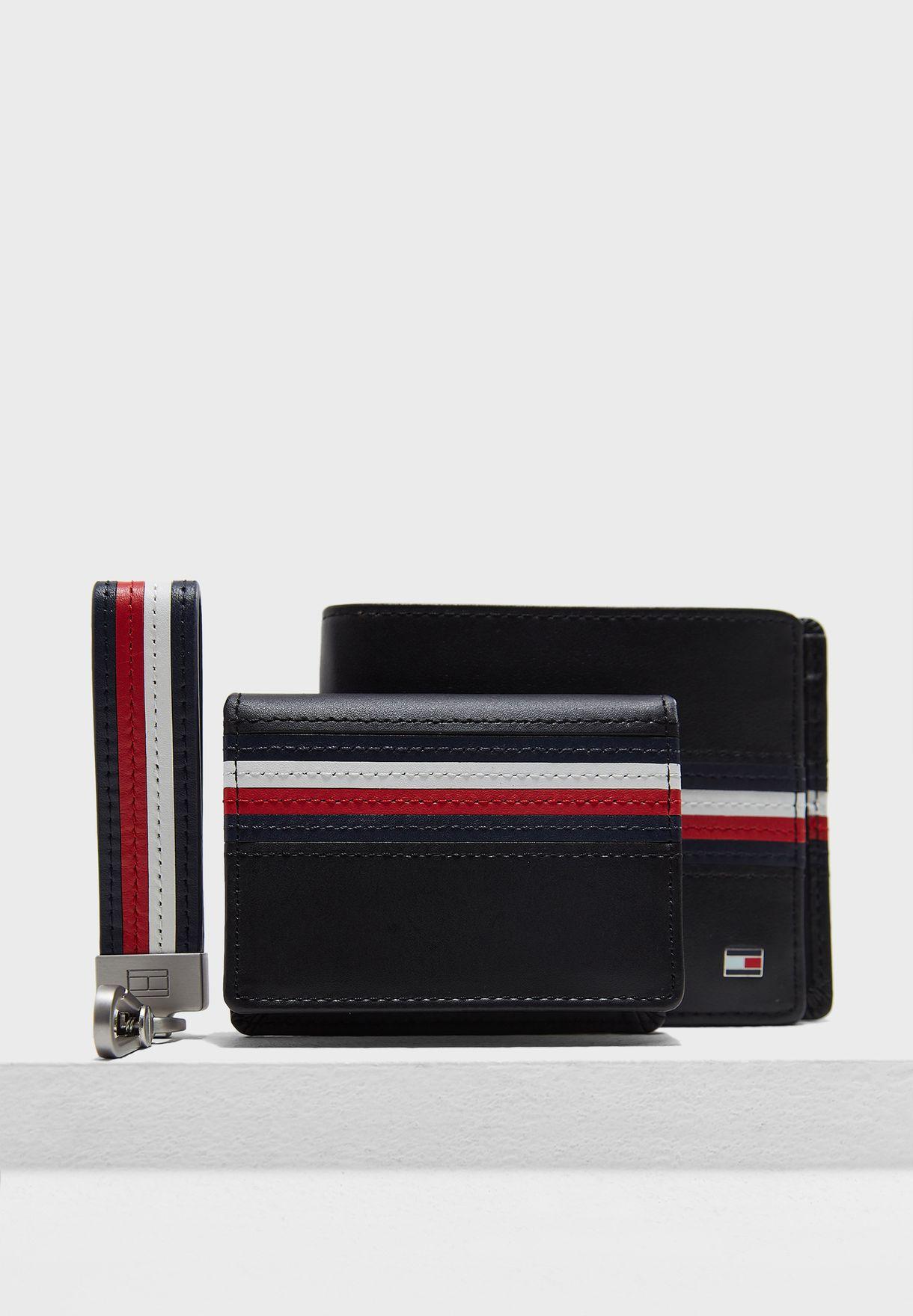 4481be871 تسوق طقم محفظة + حافظة بطاقات + حلقة مفاتيح ماركة تومي هيلفيغر لون ...