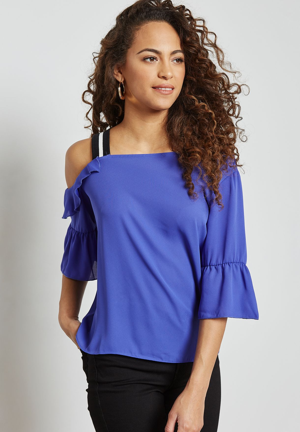 13f76506d3e Shop Ginger blue Contast One Side Cold Shoulder Top TCLAW18EH0089 ...