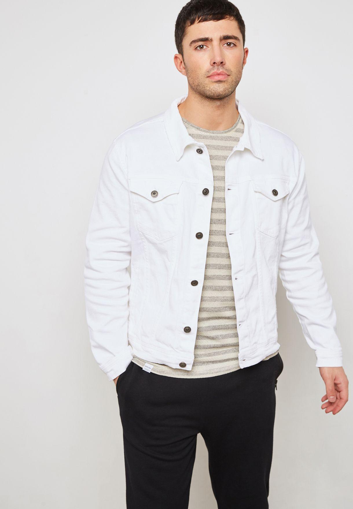 Shop Trendyol White Denim Jacket Tmnaw19er0008 Beyaz For Men In Uae