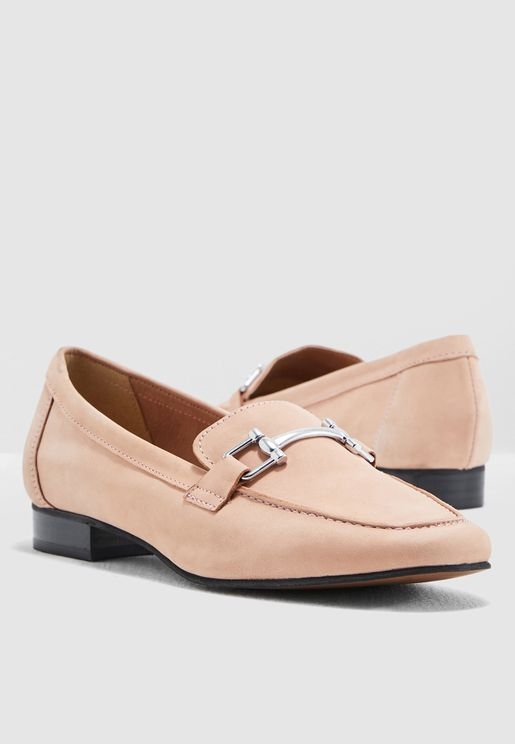 Rp18 Sports & Casuals  Korgi - Leather Loafer