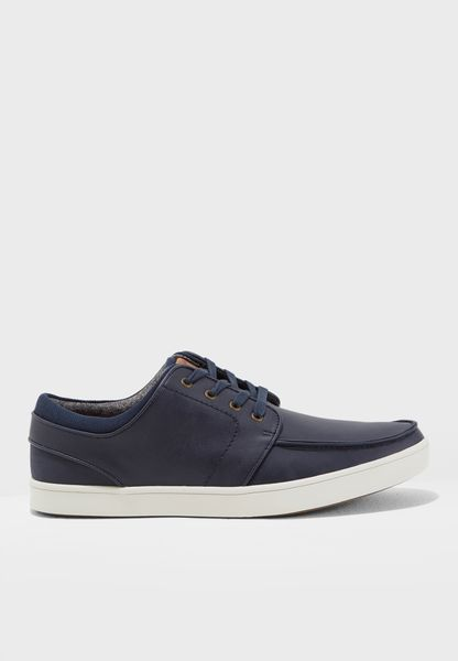 Thacker Lace Ups