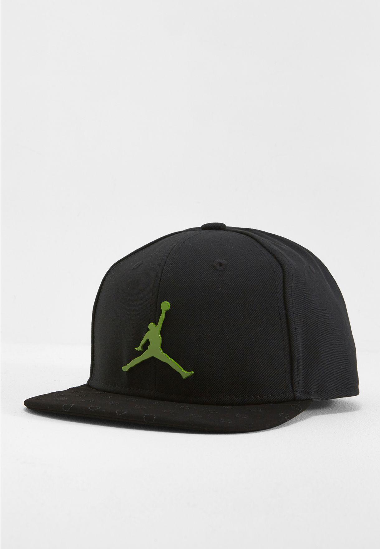 Shop Nike black Jordan 13 Snapback AA7205-011 for Men in Saudi -  NI727AC37XUC fbe9811cb88