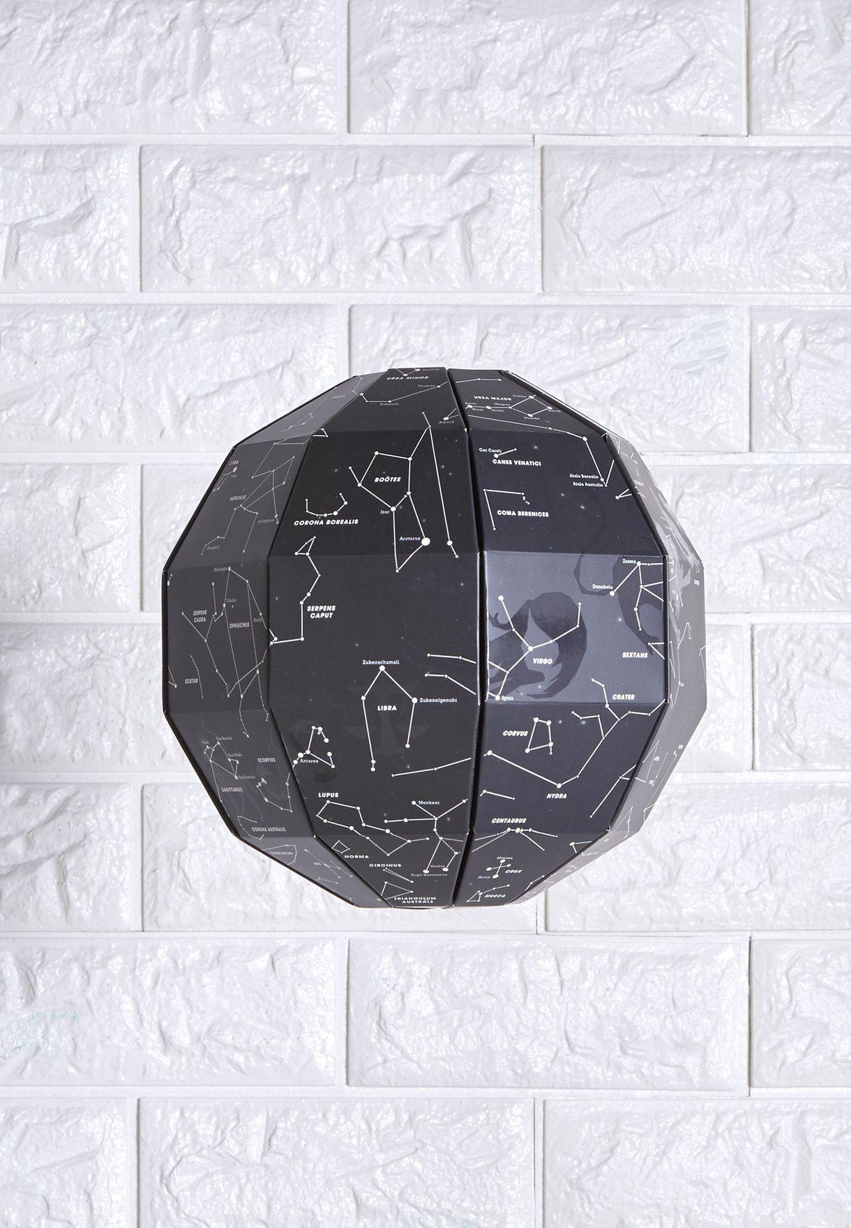 خريطة ثلاثية الابعاد تضيء في الظلام
