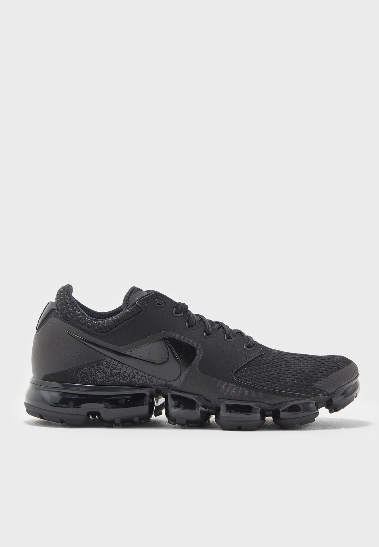 8b51acc62bb Shop Nike black Air Vapormax AH9046-002 for Men in UAE - NI727SH37SQK