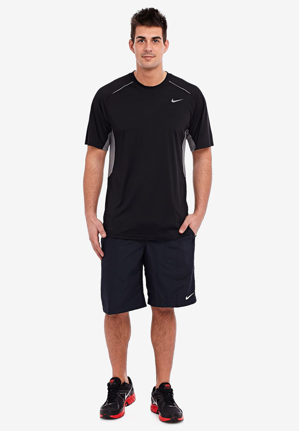 Intestinos Requisitos Caballero amable  Buy Nike black Legacy Ss Top for Men in MENA, Worldwide   519539-010