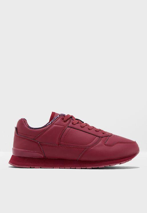 Suri Sneaker