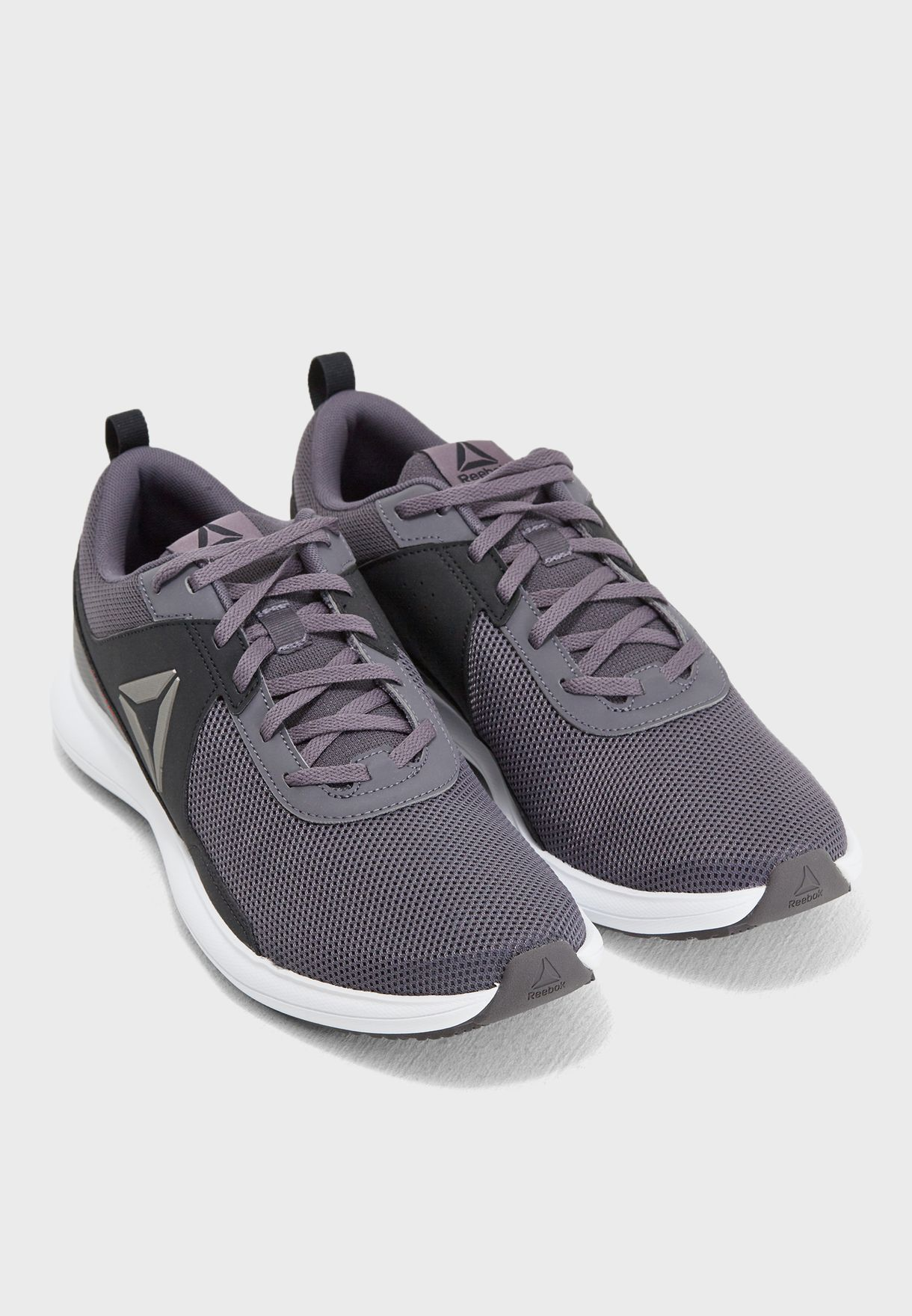 حذاء دريفتيوم