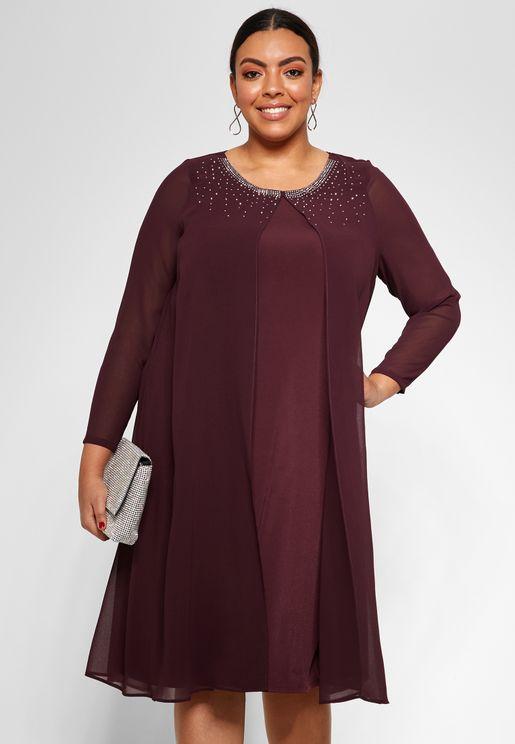 فستان بتصميم مميز
