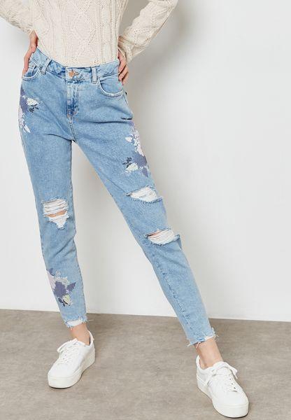 بنطال جينز سكيني مزين بتطريزات