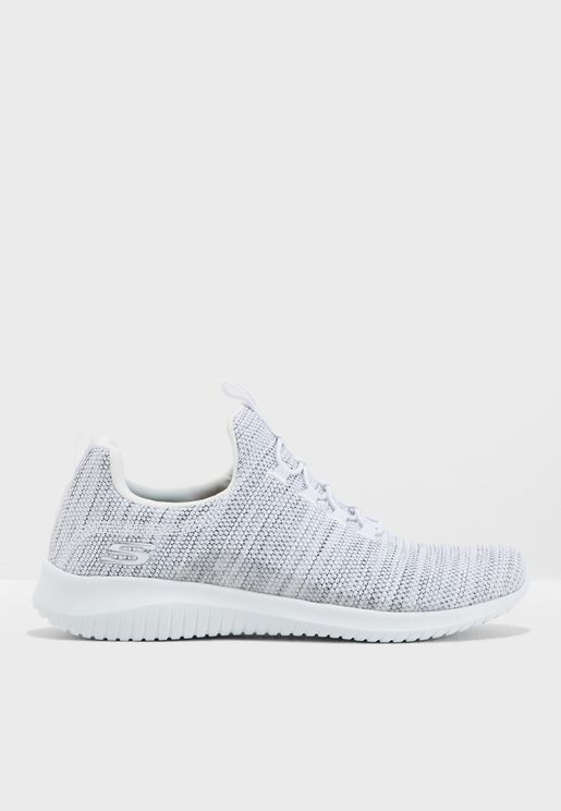حذاء الترا فلكس