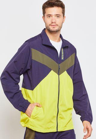 97a89ada2a94 Shop Nike black Down Gilet 806858-012 for Men in UAE - NI727AT61ALI