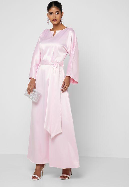 فستان ستان بأربطة