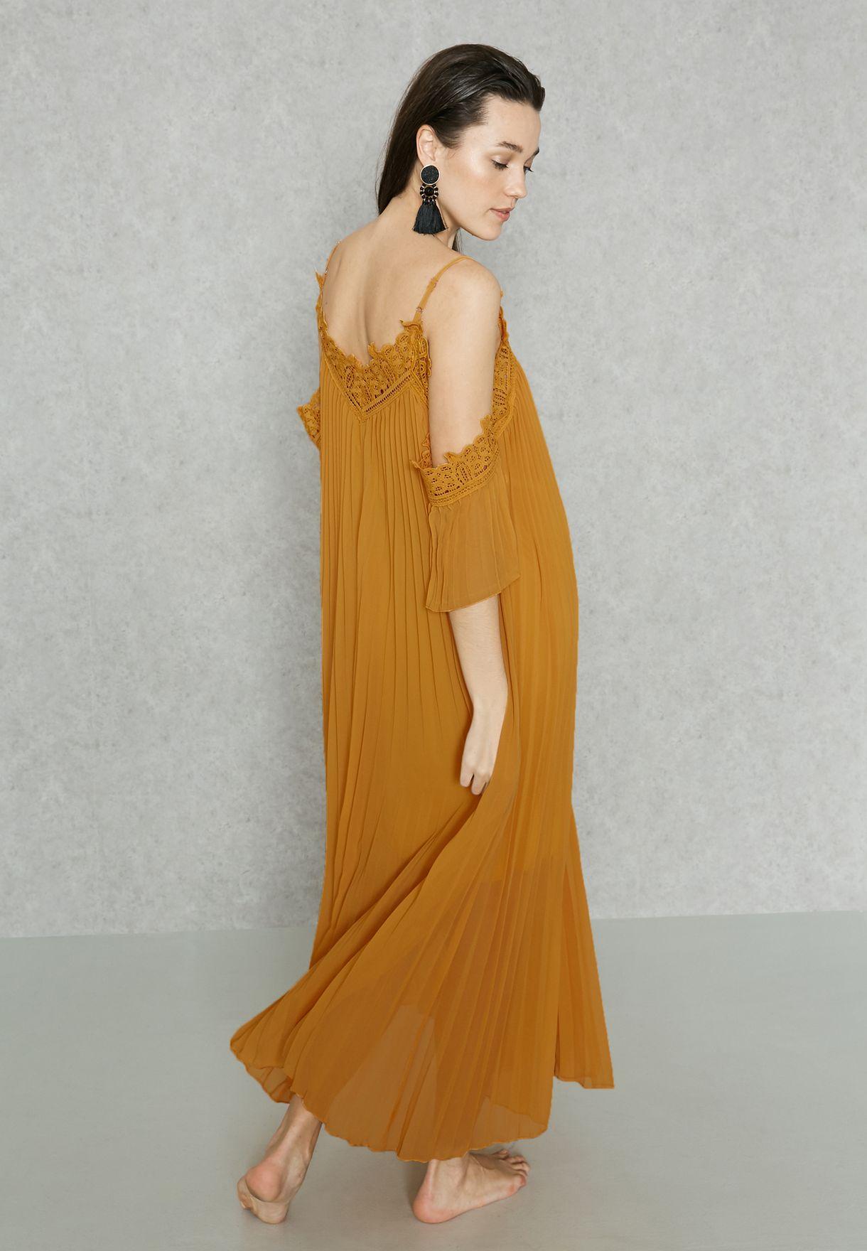 Lace Trim Cold Shoulder Maxi Dress