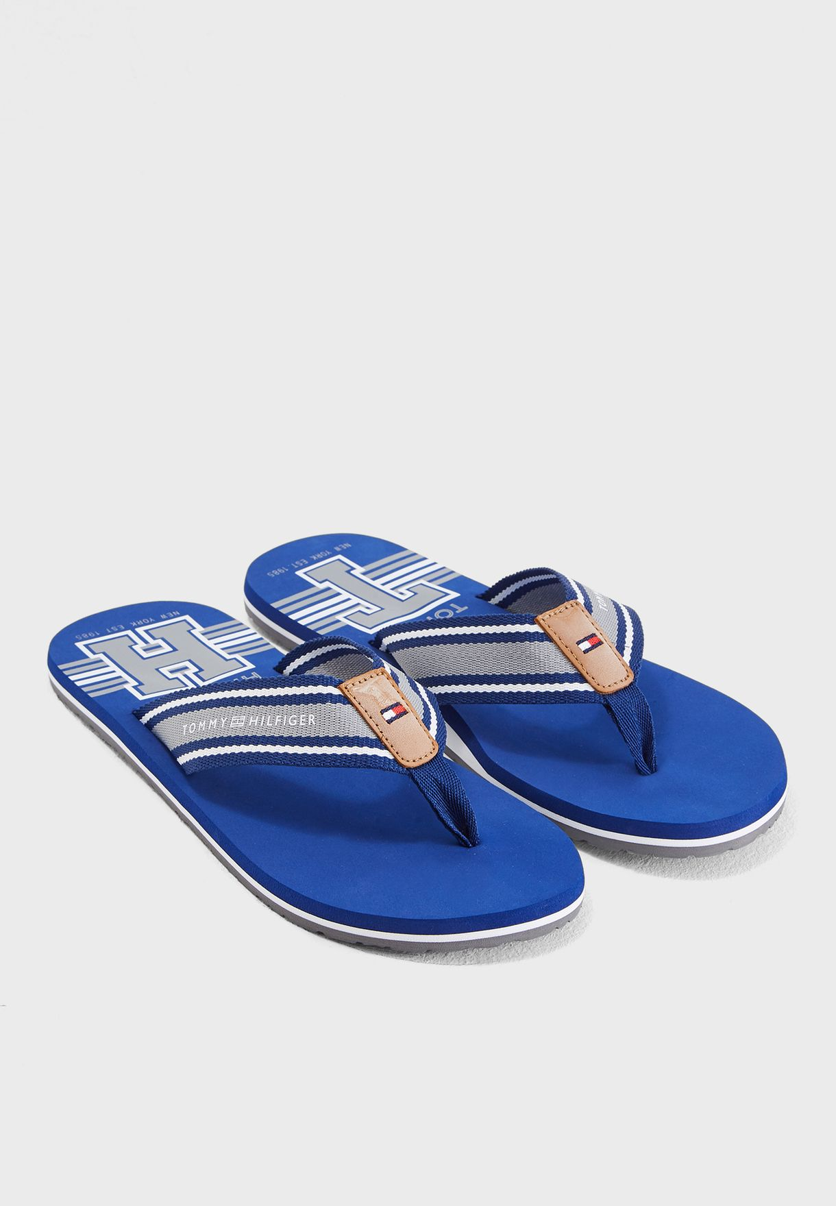 69b18b65537052 Shop Tommy Hilfiger multicolor Printed Beach Flip Flops FM0FM01799-408 for  Men in Qatar - TO279SH07KKY