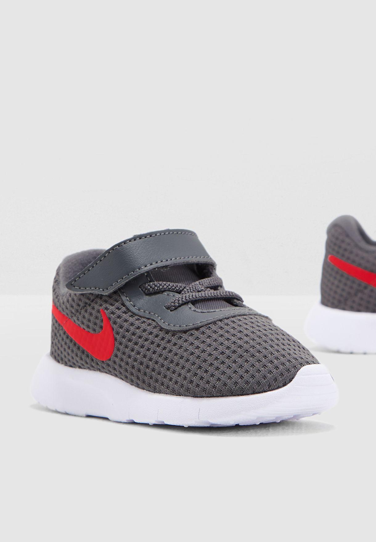 7539275ad Shop Nike grey Infant Tanjun 818383-020 for Kids in Saudi - NI727SH07HKA