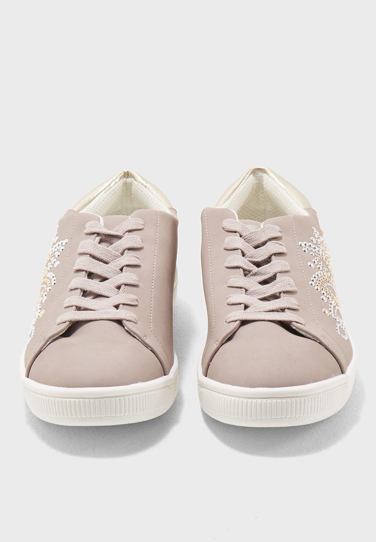 Mrise Sneaker