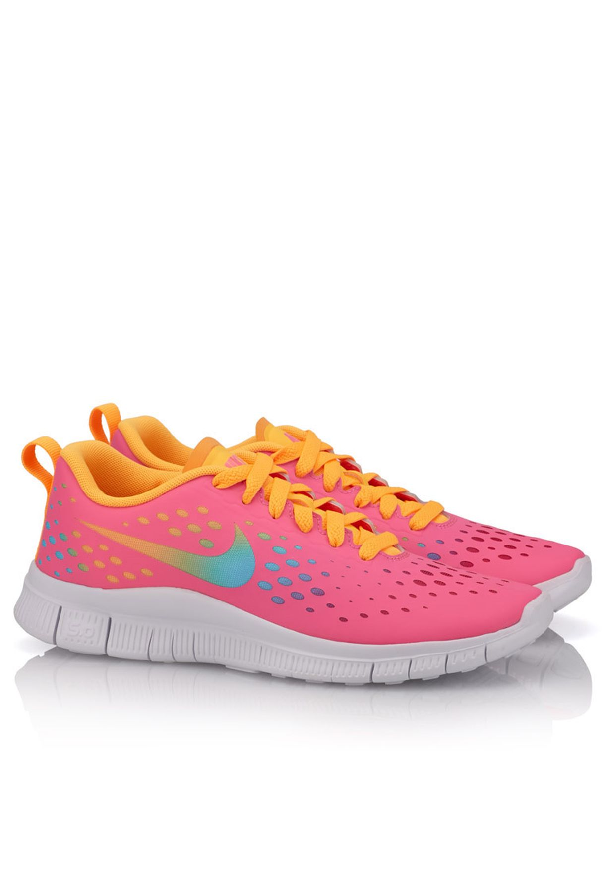 size 40 d8529 a7891 Free Express Trainers