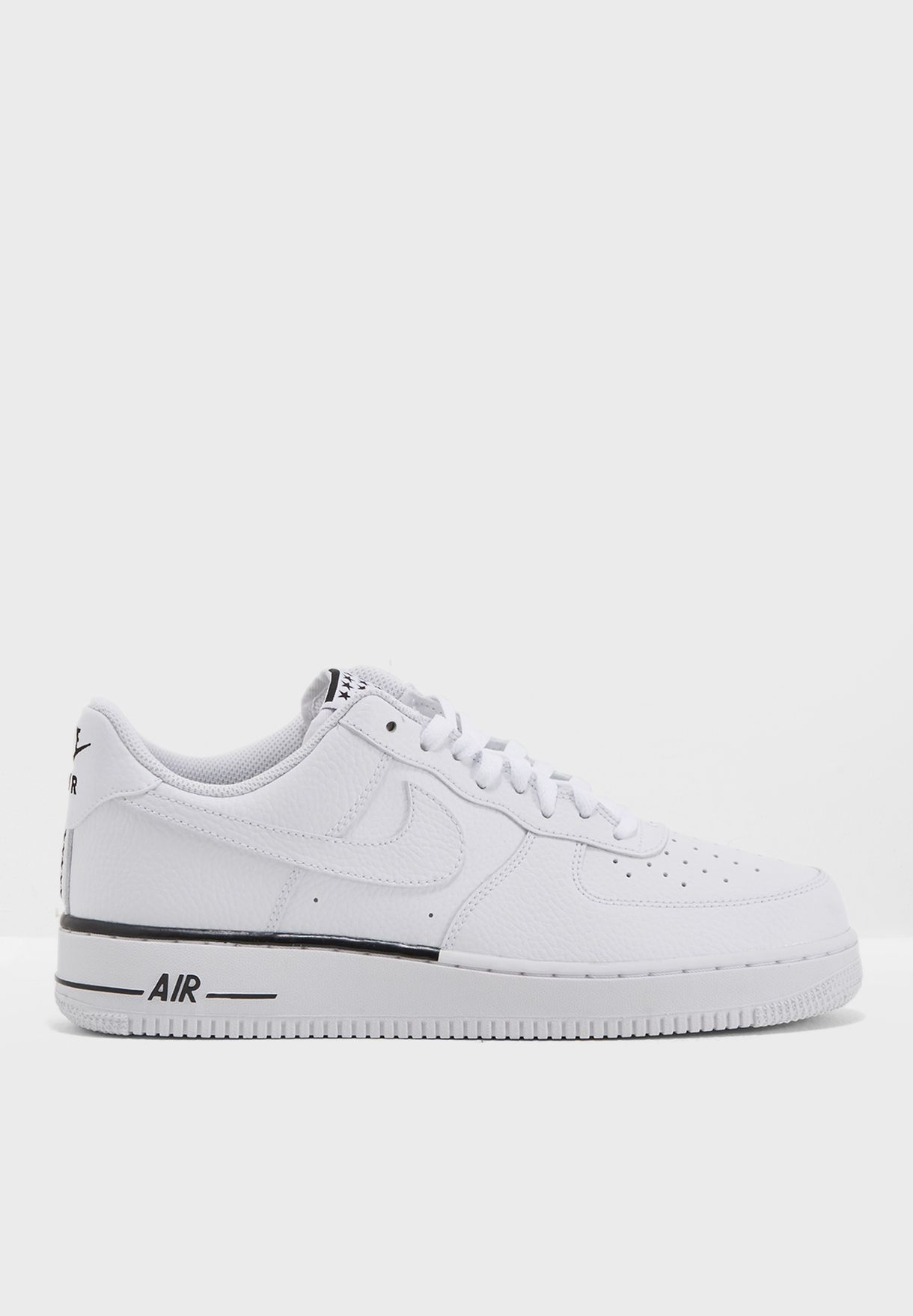 buy popular f1b93 8a501 Shop Nike white Air Force 1   39 07 AA4083-101 for Men in Saudi ...