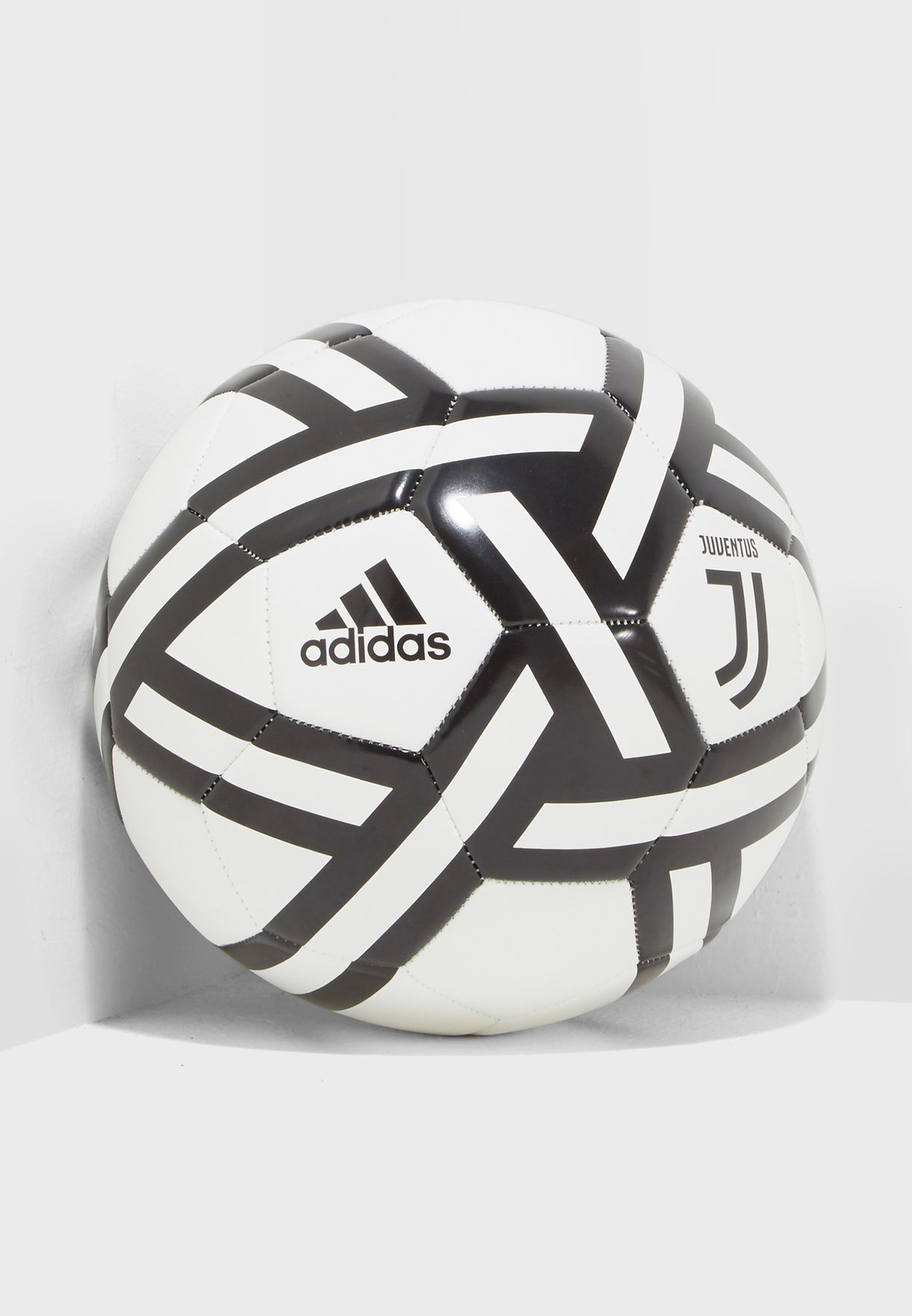 9824be85d Shop adidas white Juventus Football CW4158 for Men in UAE - AD476AC96VYL