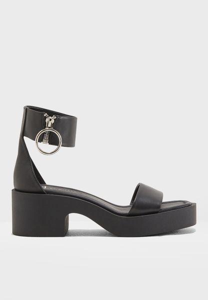 SAVANNAH Block Heel Sandal