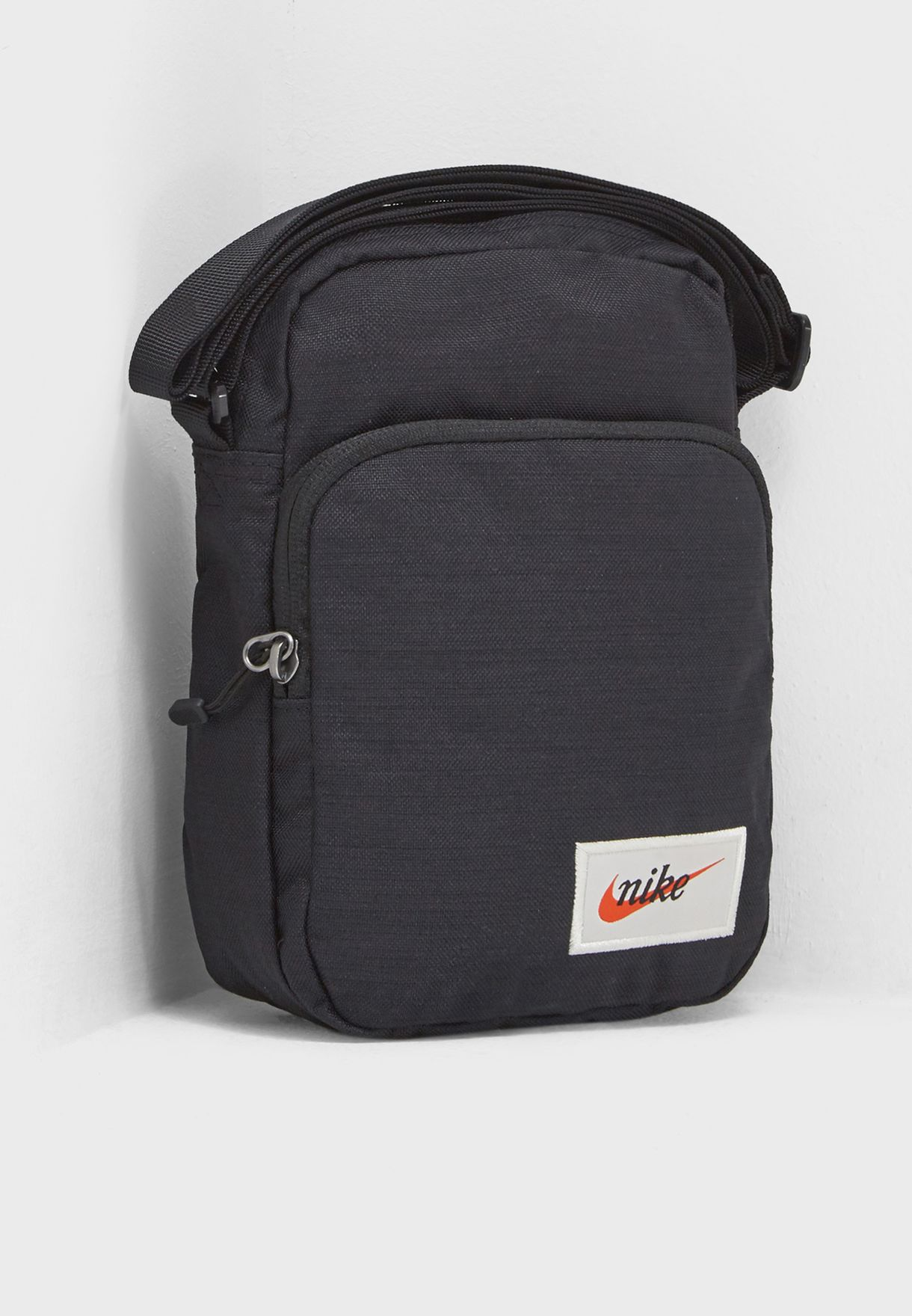 Decrépito porcelana enfermo  Buy Nike black Heritage Messenger for Men in MENA, Worldwide | BA5809-010