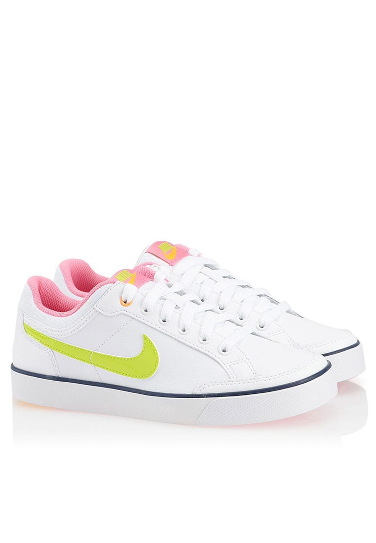 3d6d6f06215 Shop Nike white Capri 3 LTR GS 579951-102 for Kids in UAE - NI727SH96CBV