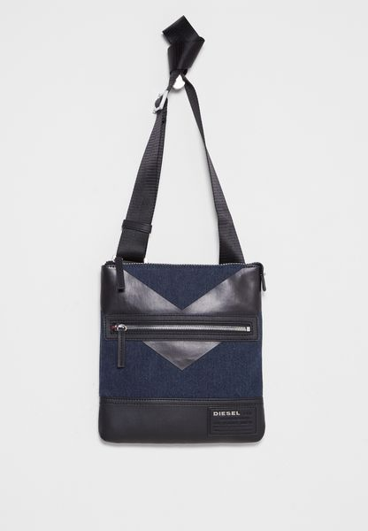Discover Cross Bag