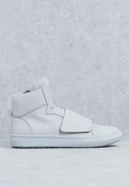 Hightop Sneaker W/Strap