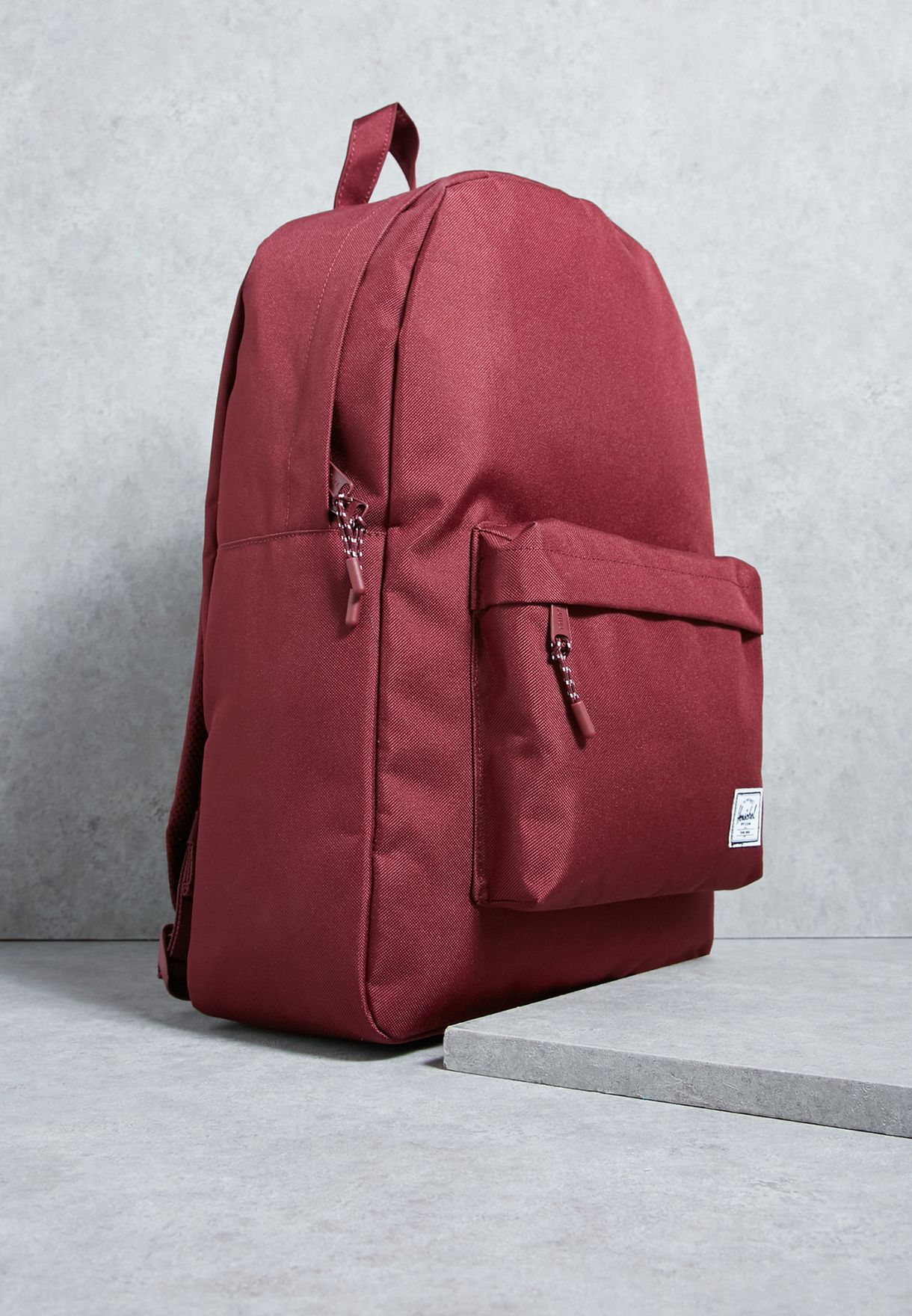 bbfca2ad7 Shop Herschel red Classic Backpack 10001-00746-OS for Women in ...