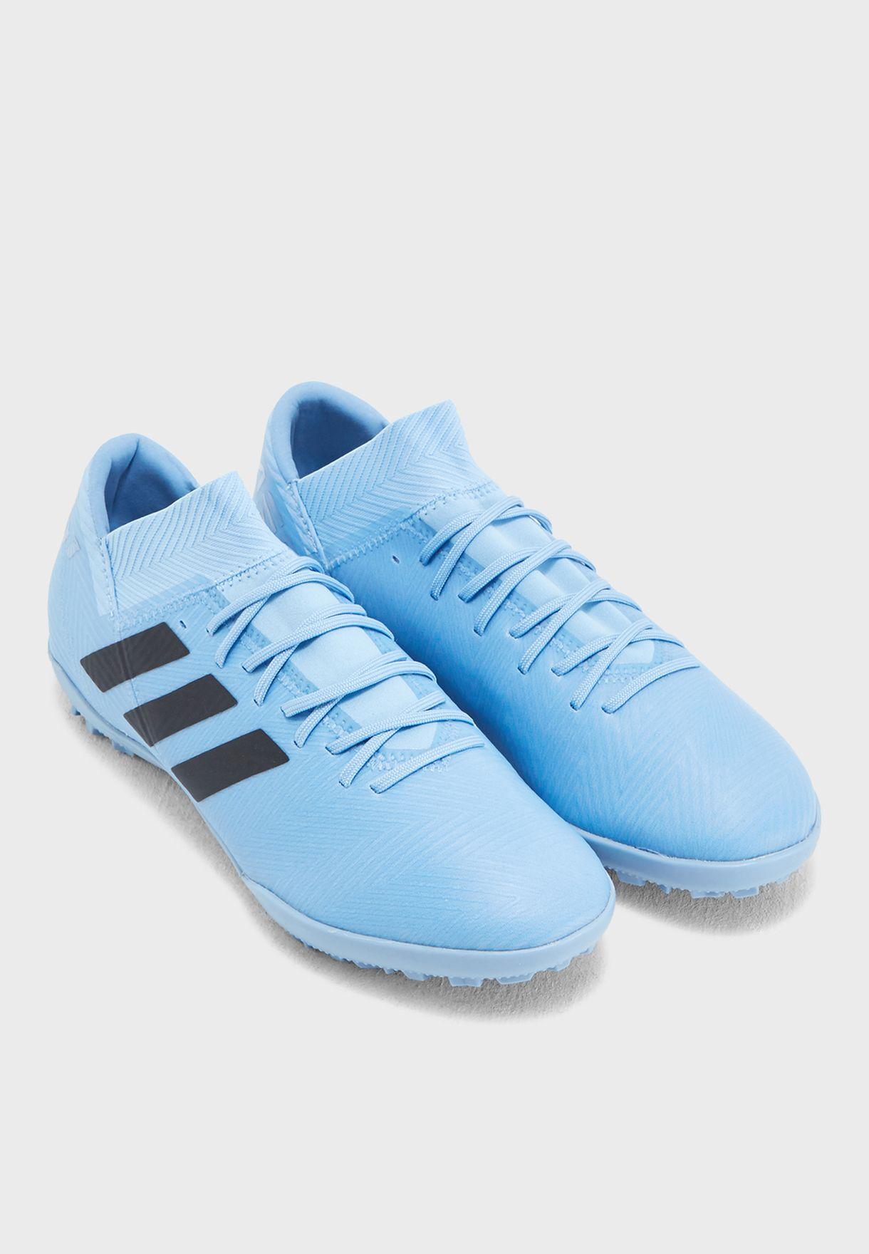حذاء نيميزيز ميسي تانجو للاسطح العشبية