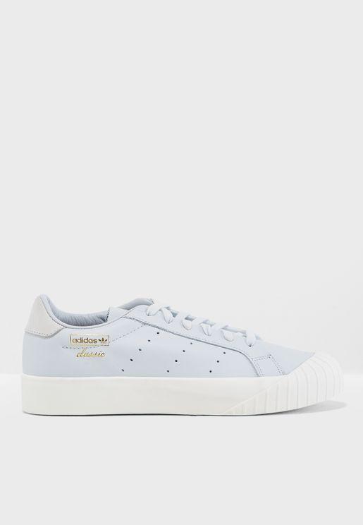 حذاء إيفرين