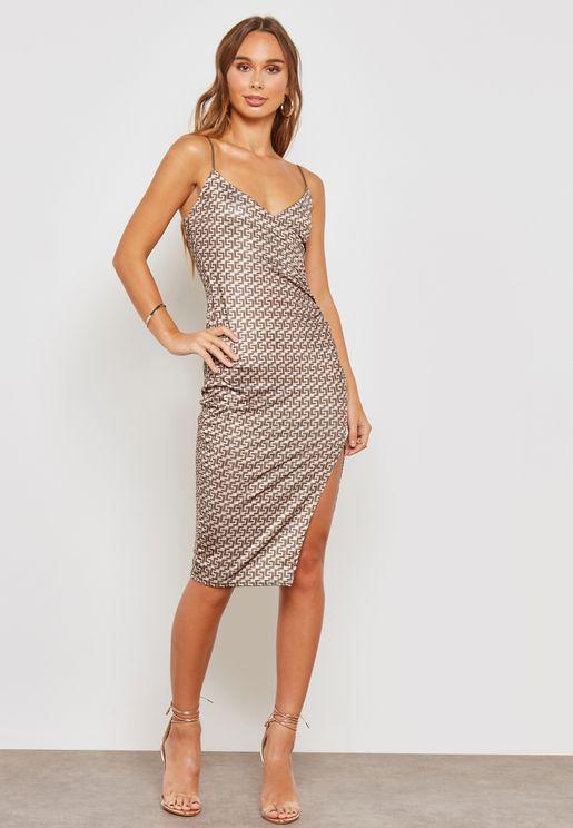 فستان ميدي بطبعات وشق جانبي