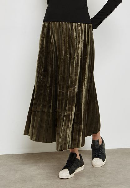 Pleated D-Ring Belted Maxi Skirt