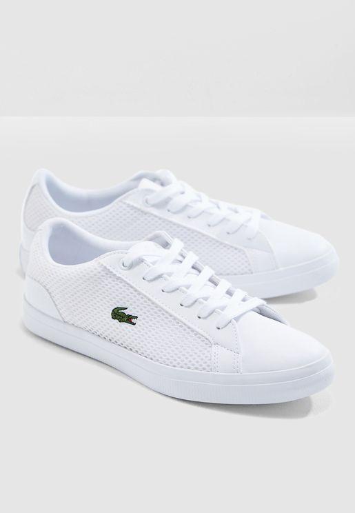 حذاء سنيكرز بتطريزة شعار الماركة
