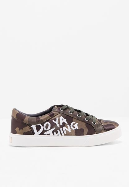 Do Ya Thing Camouflage Sneaker